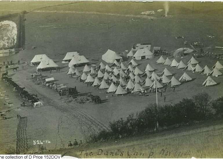 152DOV - Camp (Postcard) (Front)